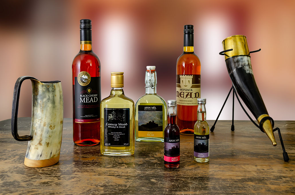 Buy drinking horn, Lyme Bay blackcherry mead, Conwy Mead whisky mead, Afon Mel sweet mead, Moniack mead, Afon Mel rasberry mead, Afon Mel heather mead, and drinking horn